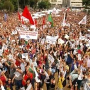 multidao protestando